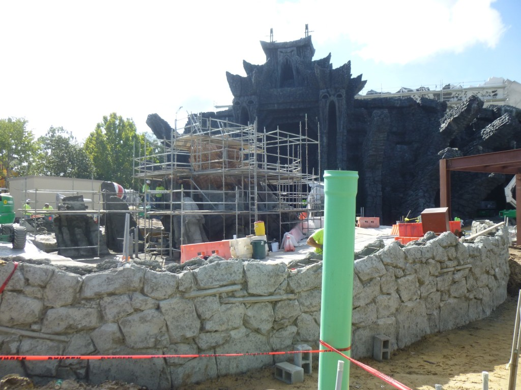 This wall surrounds the outdoor portion of the ride path, with new structures in the center