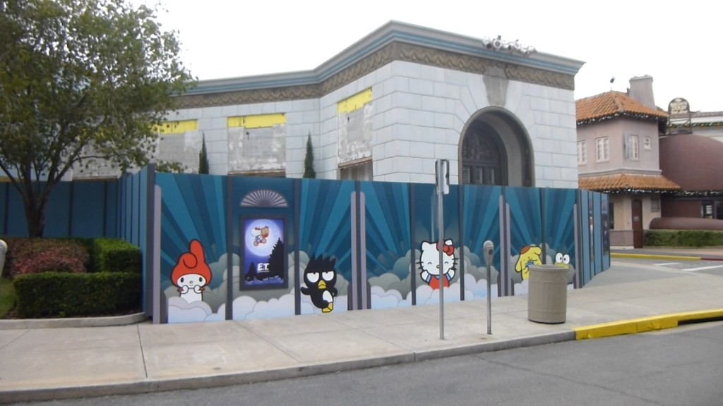 Hello Kitty and other Sanrio characters on the construction walls