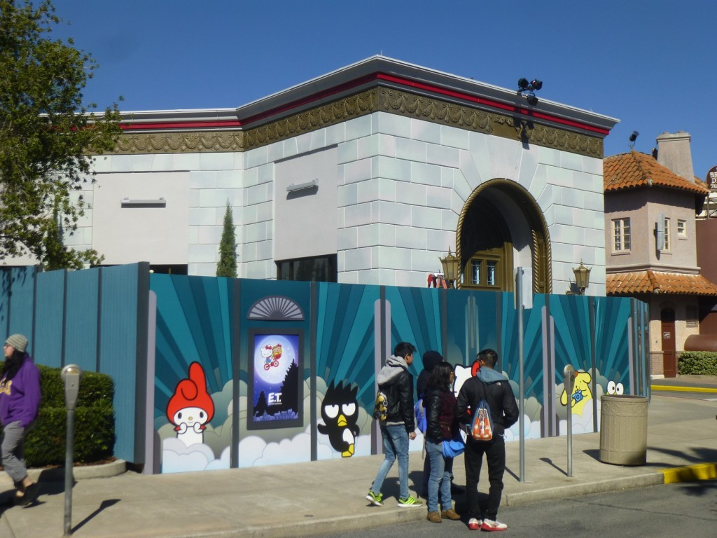 A look at the Hello Kitty side, facing Hollywood
