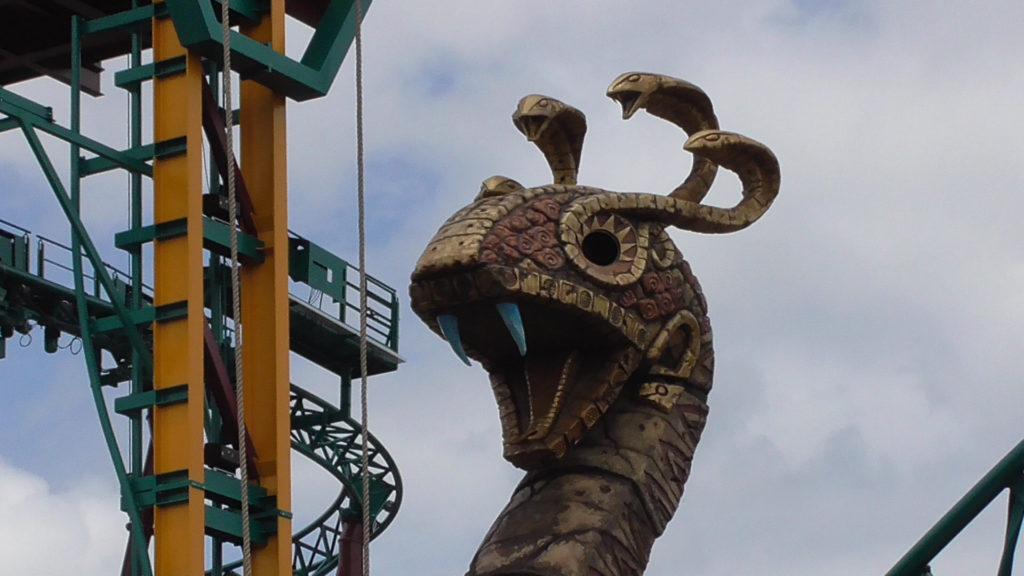 80-foot tall Snake King