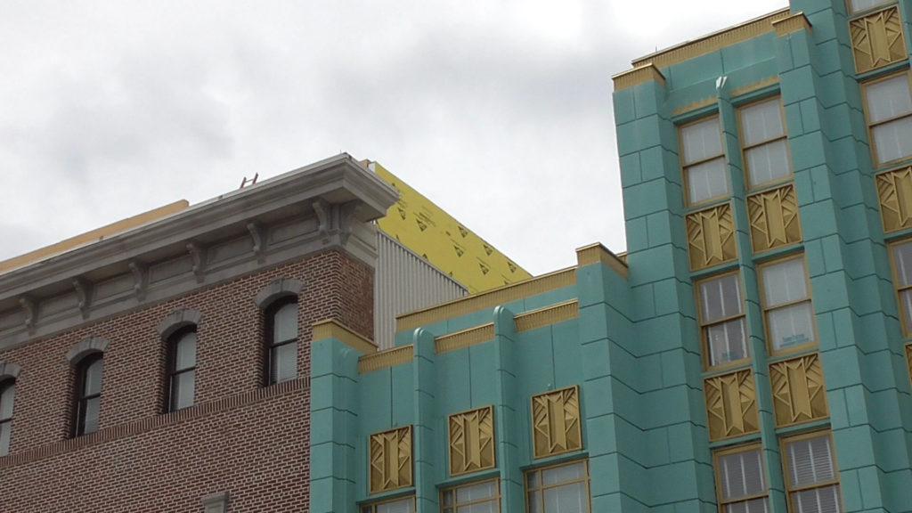 Walls closing in building
