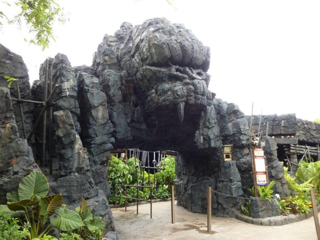 Menacing Kong entry arch