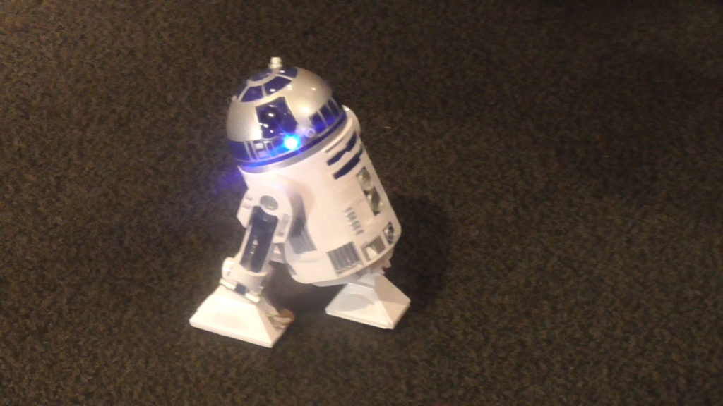 Roaming R2 unit