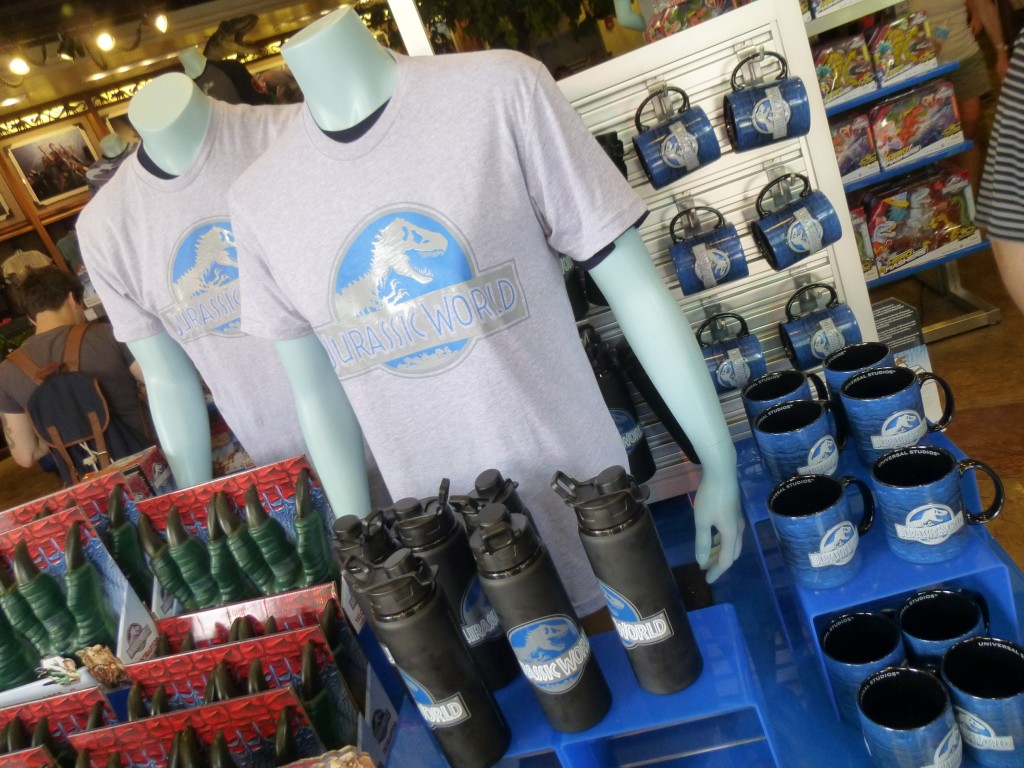 New Jurassic World merchandise and shirts have arrived to Universal!