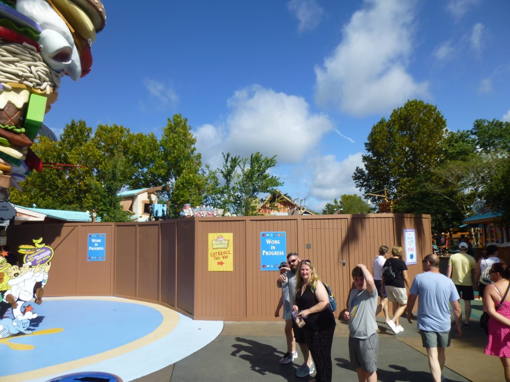 Walls are up once again around the Popeye statue in Toon Lagoon, blocking the entire courtyard