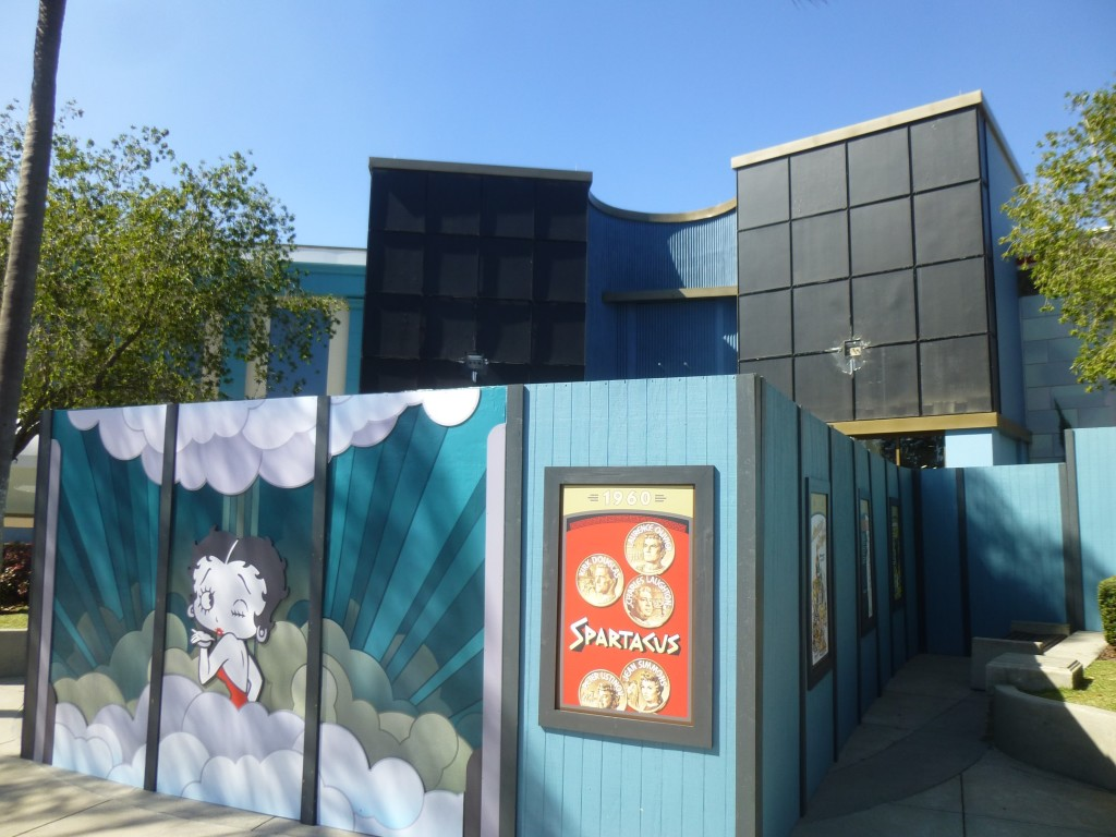 I thought it was strange Betty Boop art was on the walls around Hello Kitty store. Turns out she's coming back!