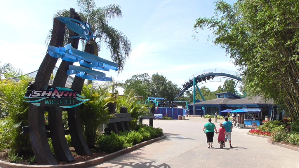 "Entering the themed area ""Shark Wreck Reef"""