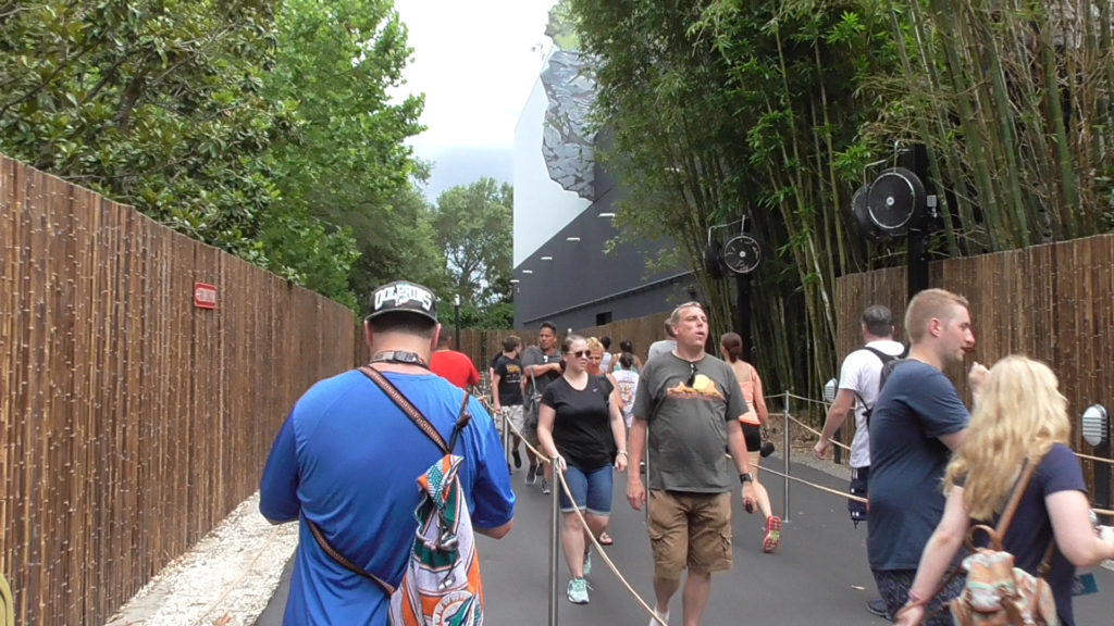 A look at the extended queue, nestled between Skull Island and Toon Lagoon
