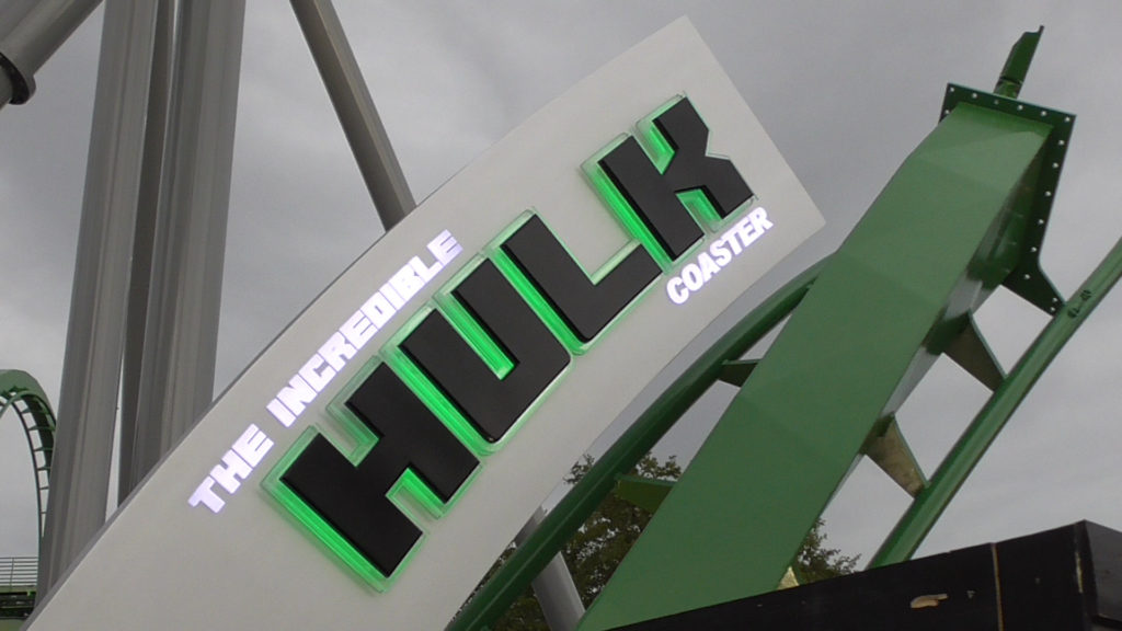 The Hulk sign is all lit up now