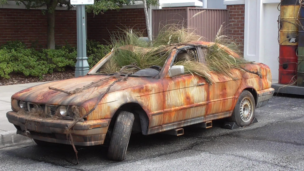 An old car for the NY scare zone